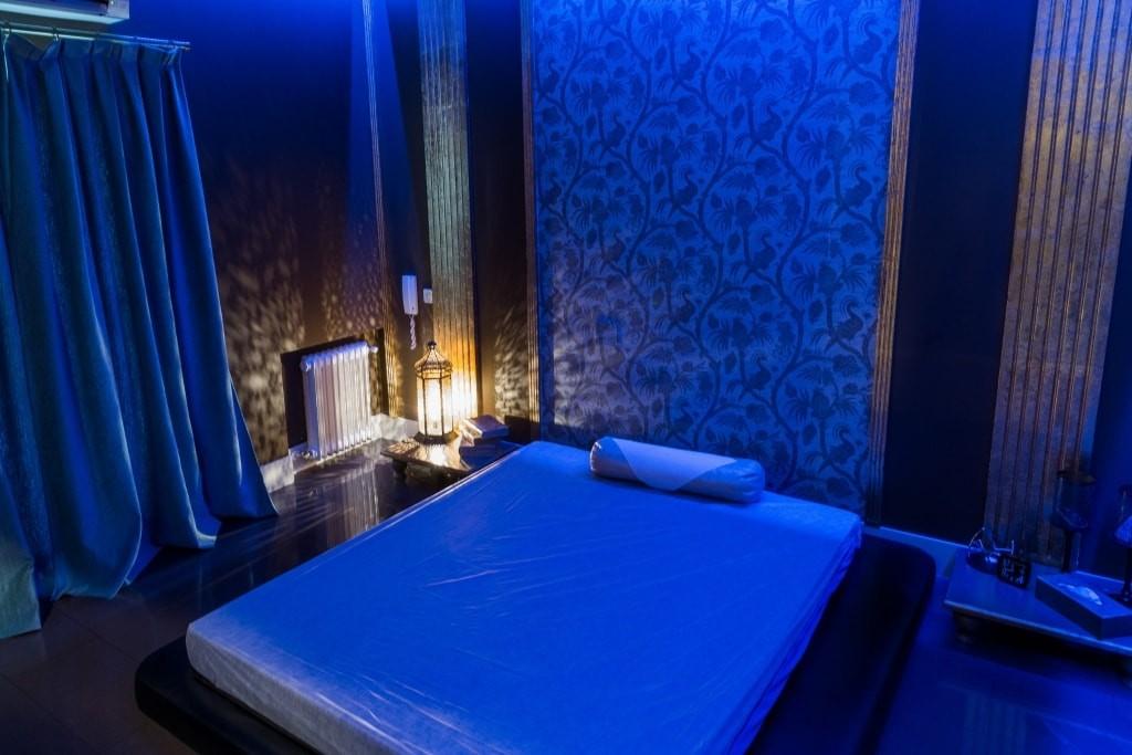 Erotic massage in Madrid 2