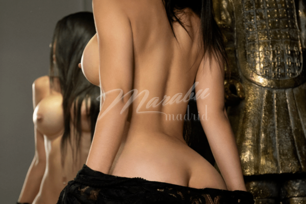 "Ambar <div class=""v"";>vacations</div> 1 06/11/2019 